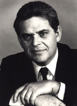 Edward Luttwak